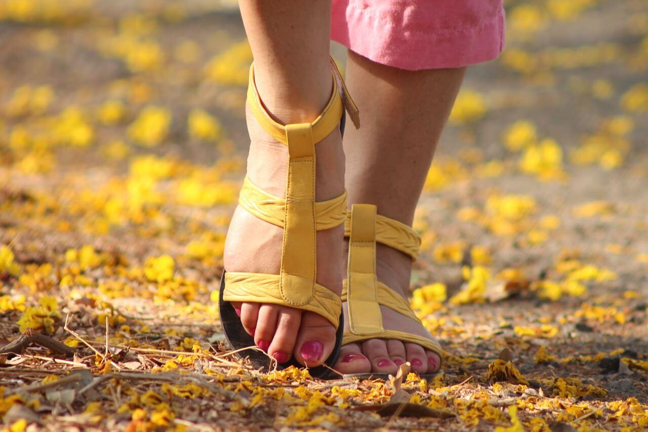 feet-538245_1280 (1)